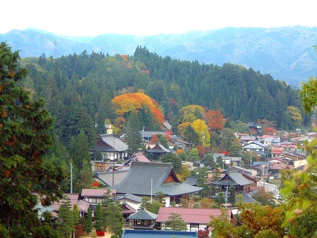 Higashiyama Area