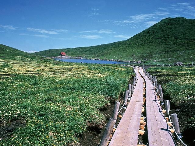Mount Akita Komagatake