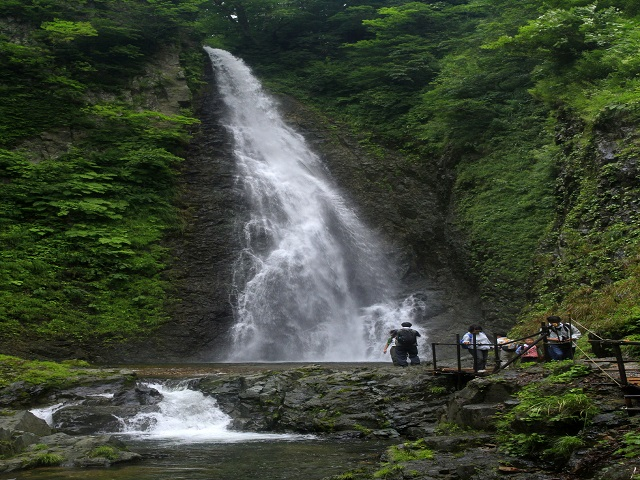 Anmon Waterfall