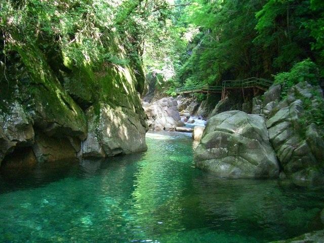 Kakizore Ravine