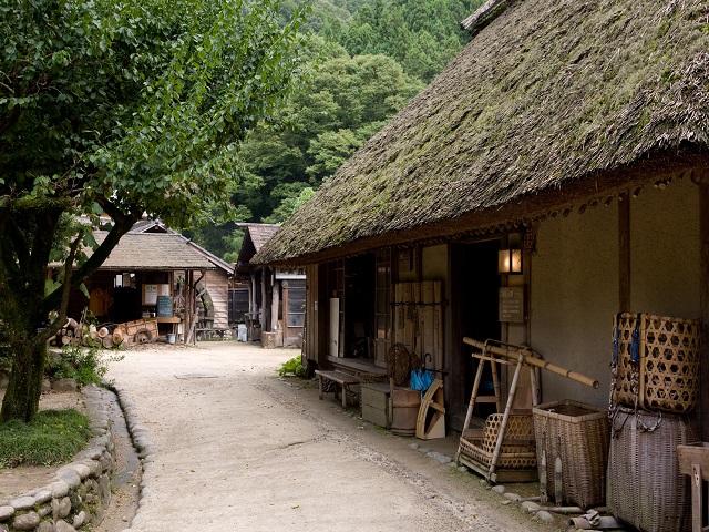 Sanshu-asukeyashiki