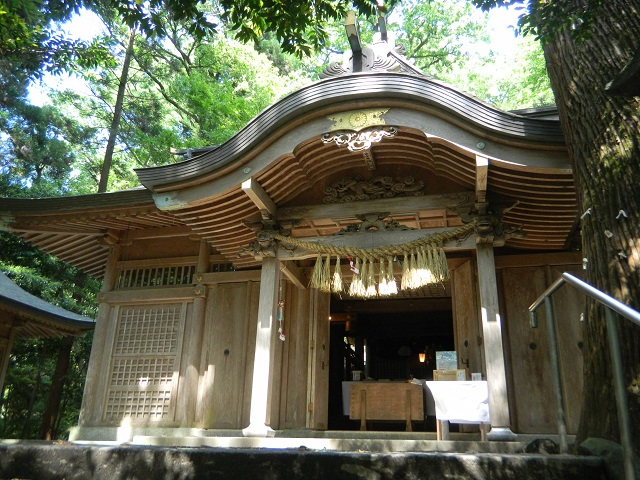 Kushifuru Shrine