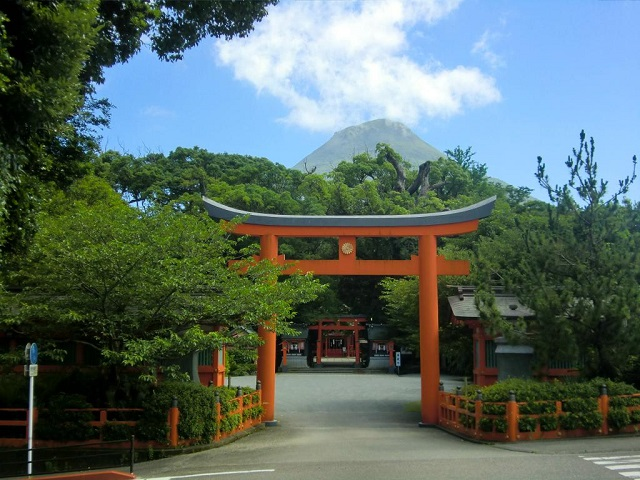 Hirakiki Shrine