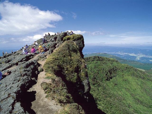 Mount Karakunidake