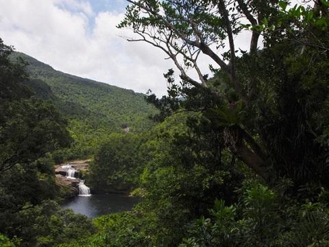 マリュウドゥの滝2