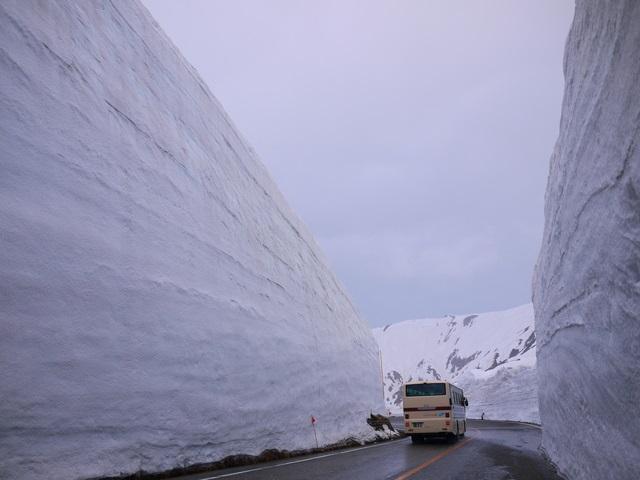 Snow Corridor