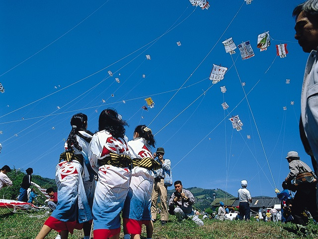 Ikazaki Great Kite Contest